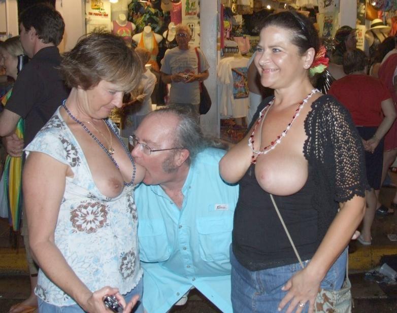 erotische Gruppen SexBilder - online kostenlos Private SexBilder