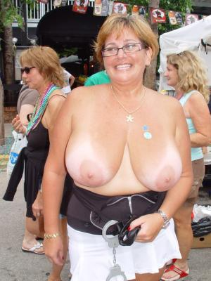 riesige schöne Frau PornoFotos - BBW Bilder - online kostenlos Private SexBilder