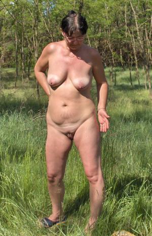 Dicke Hündin Pornofotos - online kostenlos Private SexBilder